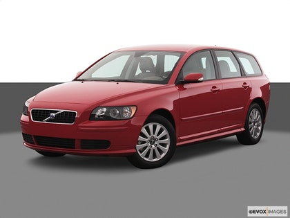 2005 Volvo V50 Review | CARFAX Vehicle Research