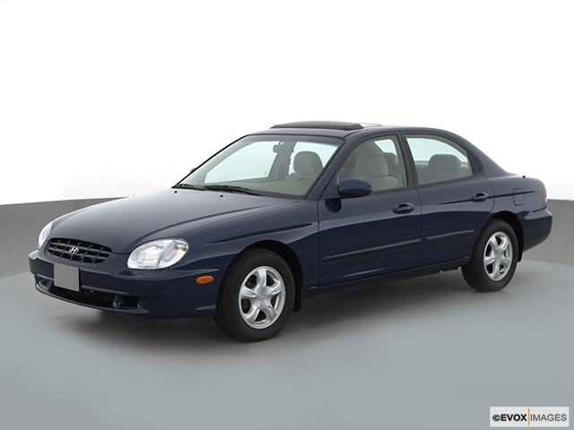 2001 Hyundai Sonata Review