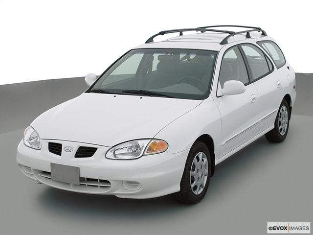 2001 Hyundai Elantra Review