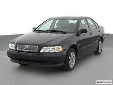 2000 Volvo S40 Review
