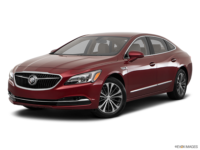 2017 Buick LaCrosse photo