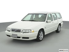 2000 Volvo V70 Review