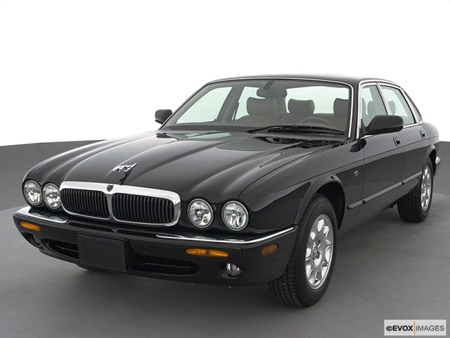 2000 Jaguar XJ-Series Review