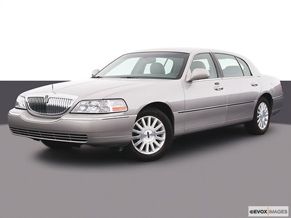 2004 Lincoln Town Car Review Carfax Vehicle Research