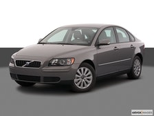 2005 Volvo S40 Review