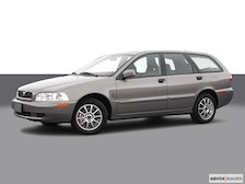 2004 Volvo V40 Review