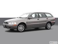 Volvo V40 Reviews