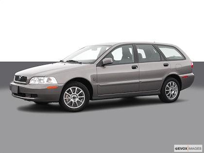 2004 Volvo V40 photo