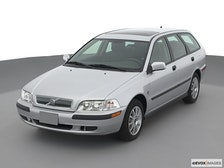 2001 Volvo V40 Review