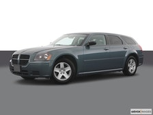 2005 Dodge Magnum Review