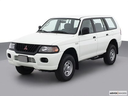 2003 Mitsubishi Montero Sport Review | CARFAX Vehicle Research