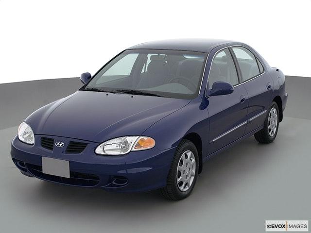 2000 Hyundai Elantra Review