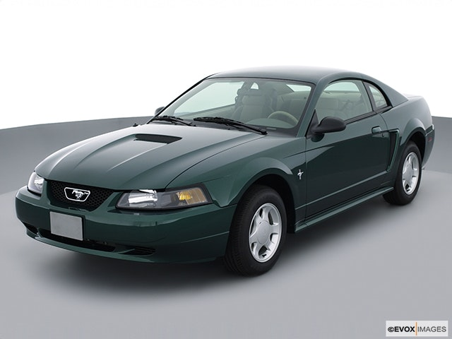 2001 Ford Mustang Review
