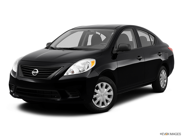 Elegant 2012 Nissan Versa Photo