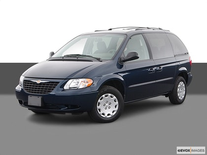 2004 Chrysler Town and Country photo