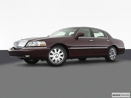 2003 Lincoln Town Car Review Carfax Vehicle Research