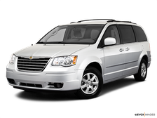 2010 Chrysler Town & Country Review