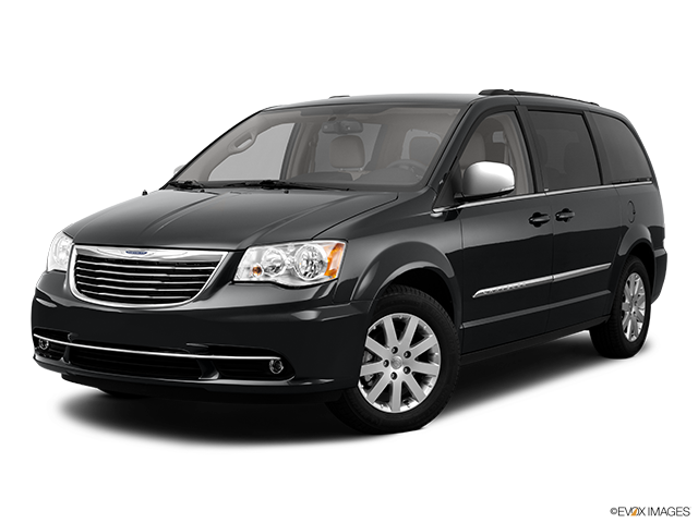 2011 Chrysler Town and Country Review