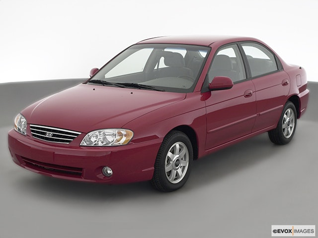 2003 Kia Spectra Review