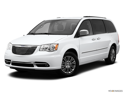 2014 Chrysler Town and Country photo