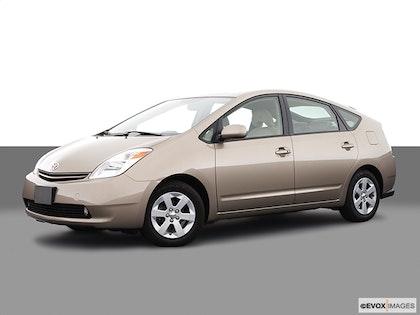 2004 Toyota Prius photo